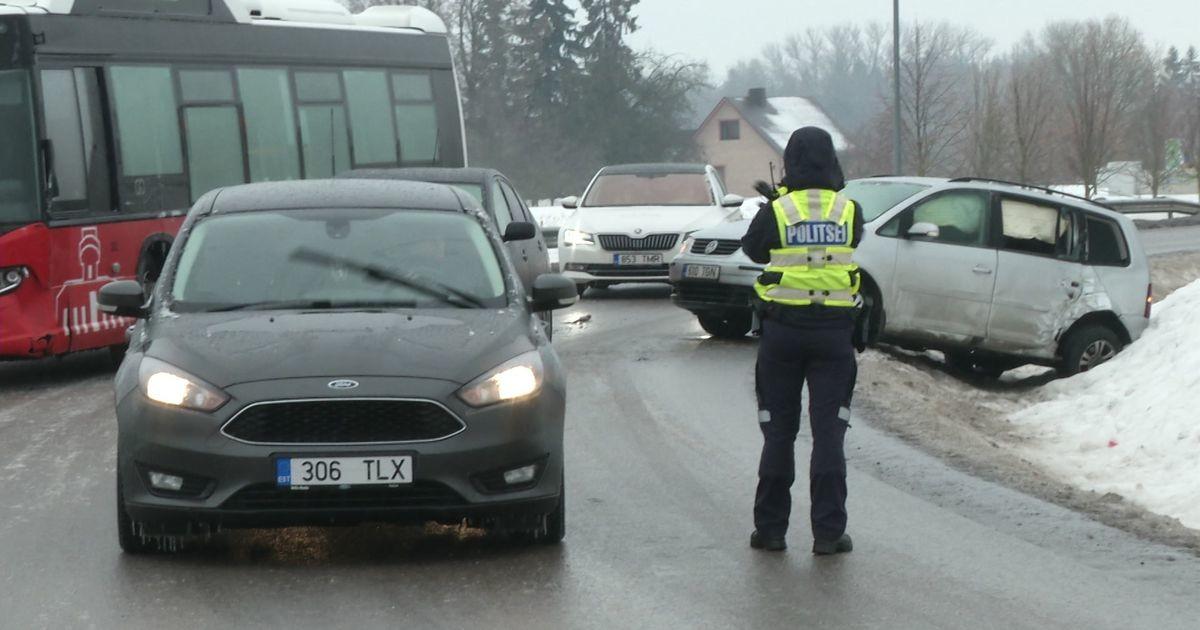 Reporter: Erakordne libedus viis rohkete liiklusõnnetusteni