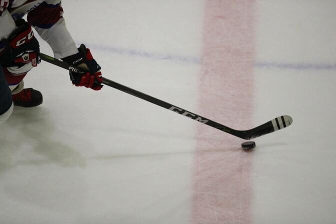 Teinegi Eesti hokikoondislane liitub KHL-i klubiga