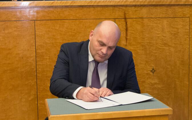 Keskerakonna esimees ei pea Kravtšenko lahkumist riigikogust vajalikuks