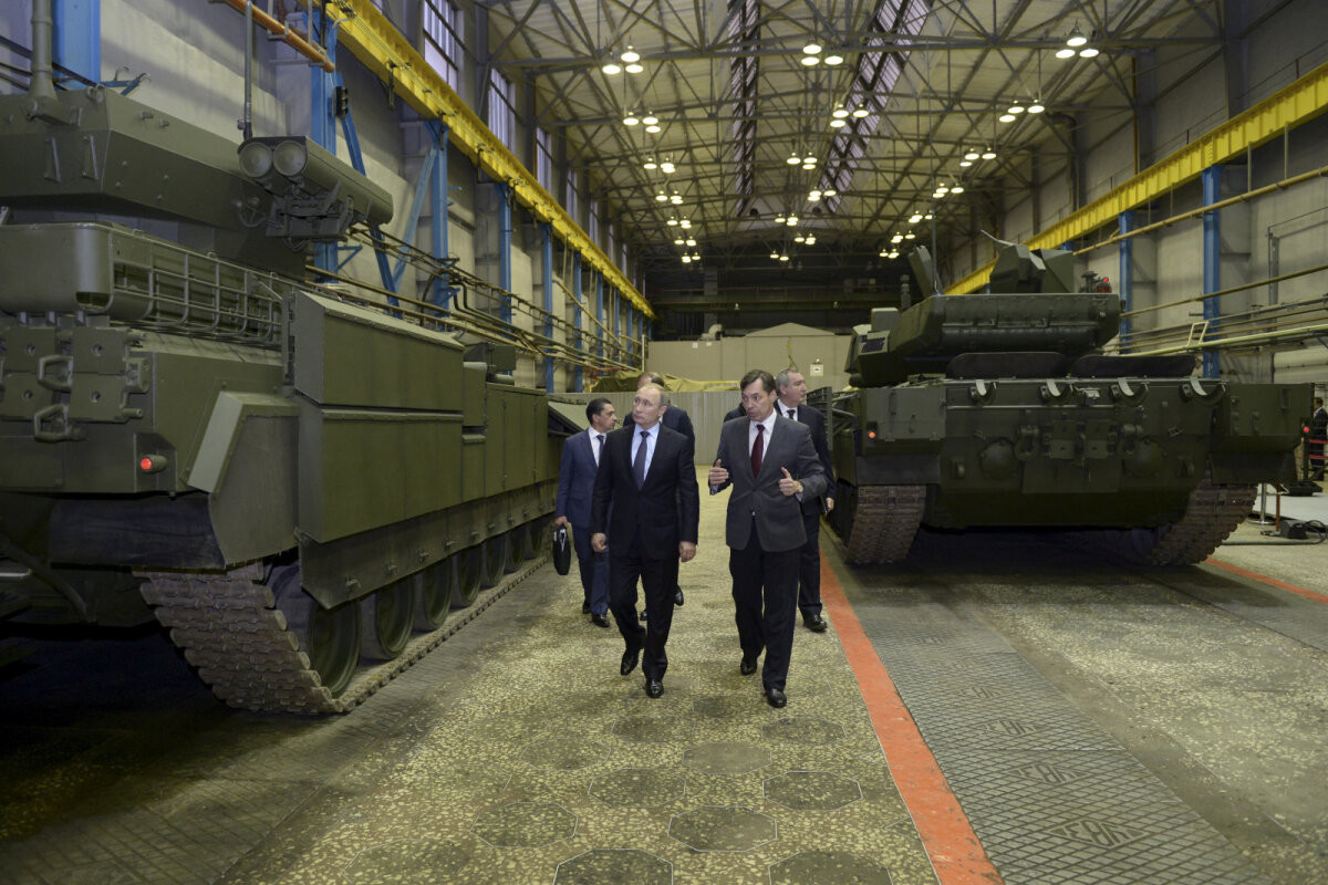 Venemaa valmistub tõsisemaks vastasseisuks Läänega. Mihkelson: kui Lääs jääb äraootavaks, võime rinda pista ettearvamatute tagajärgedega