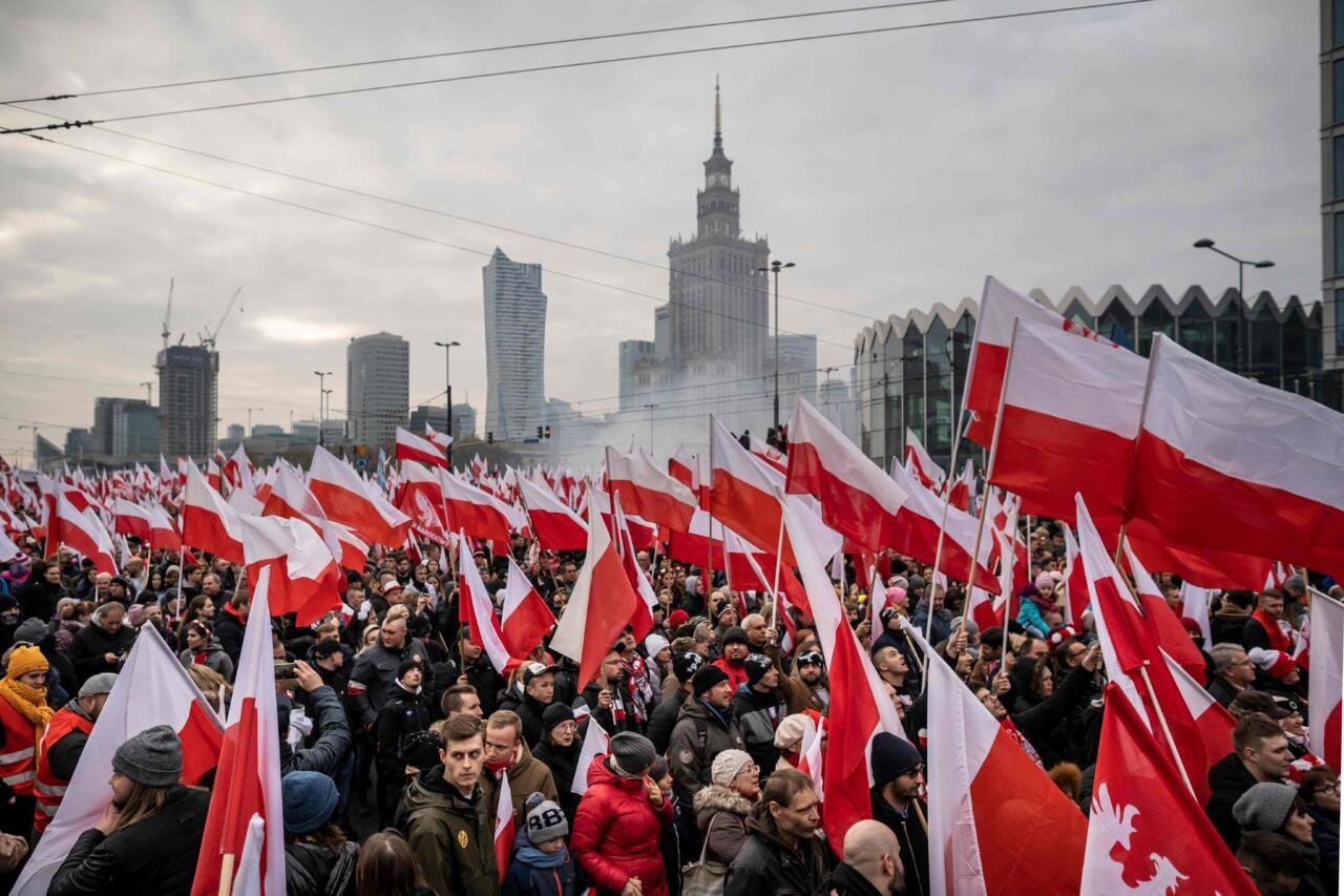 """Poola valitsuspartei juht: kuni meie oleme võimul, ei hakka keegi meie naisi """"emakaga inimesteks"""" nimetama"""