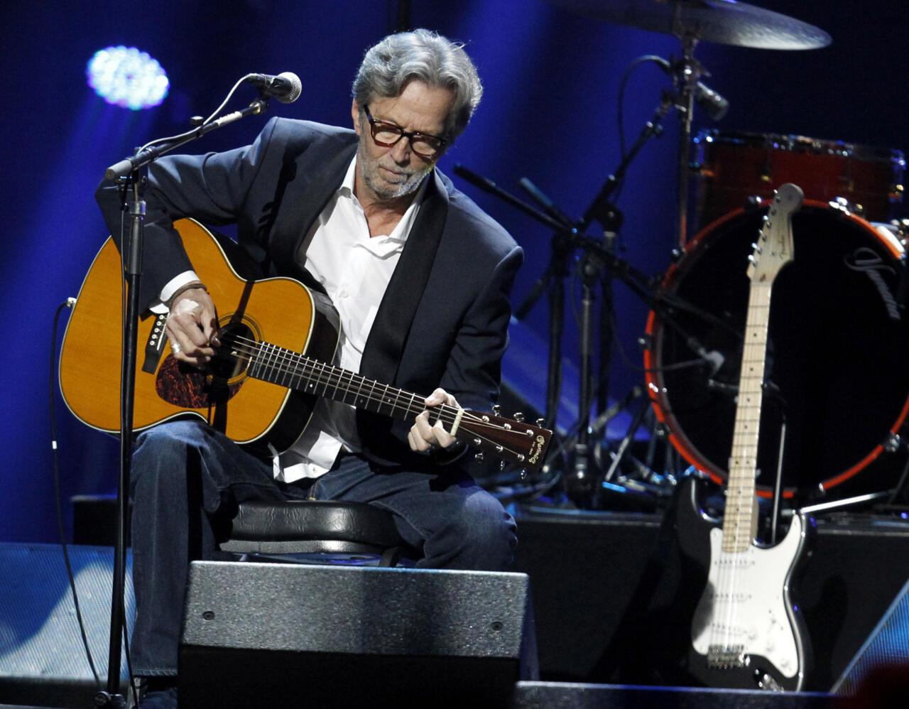 Eric Clapton teatas, et ta ei esine Suurbritannia kontserdipaikades, kuhu sisenemiseks on vaja vaktsineerimise tõendeid