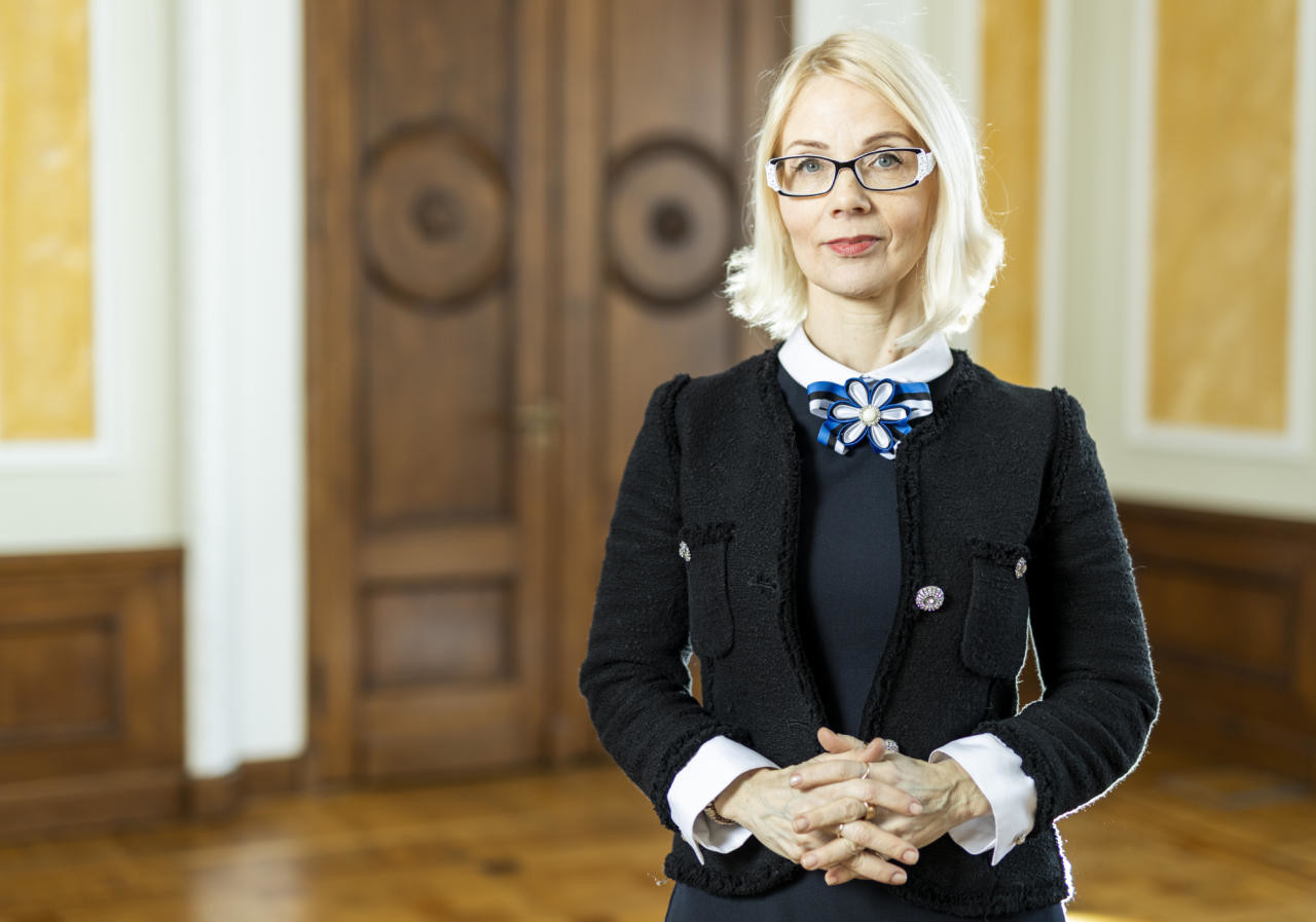 Helle-Moonika Helme: Mailis Reps on end nuumanud korruptiivsel moel juba aastaid