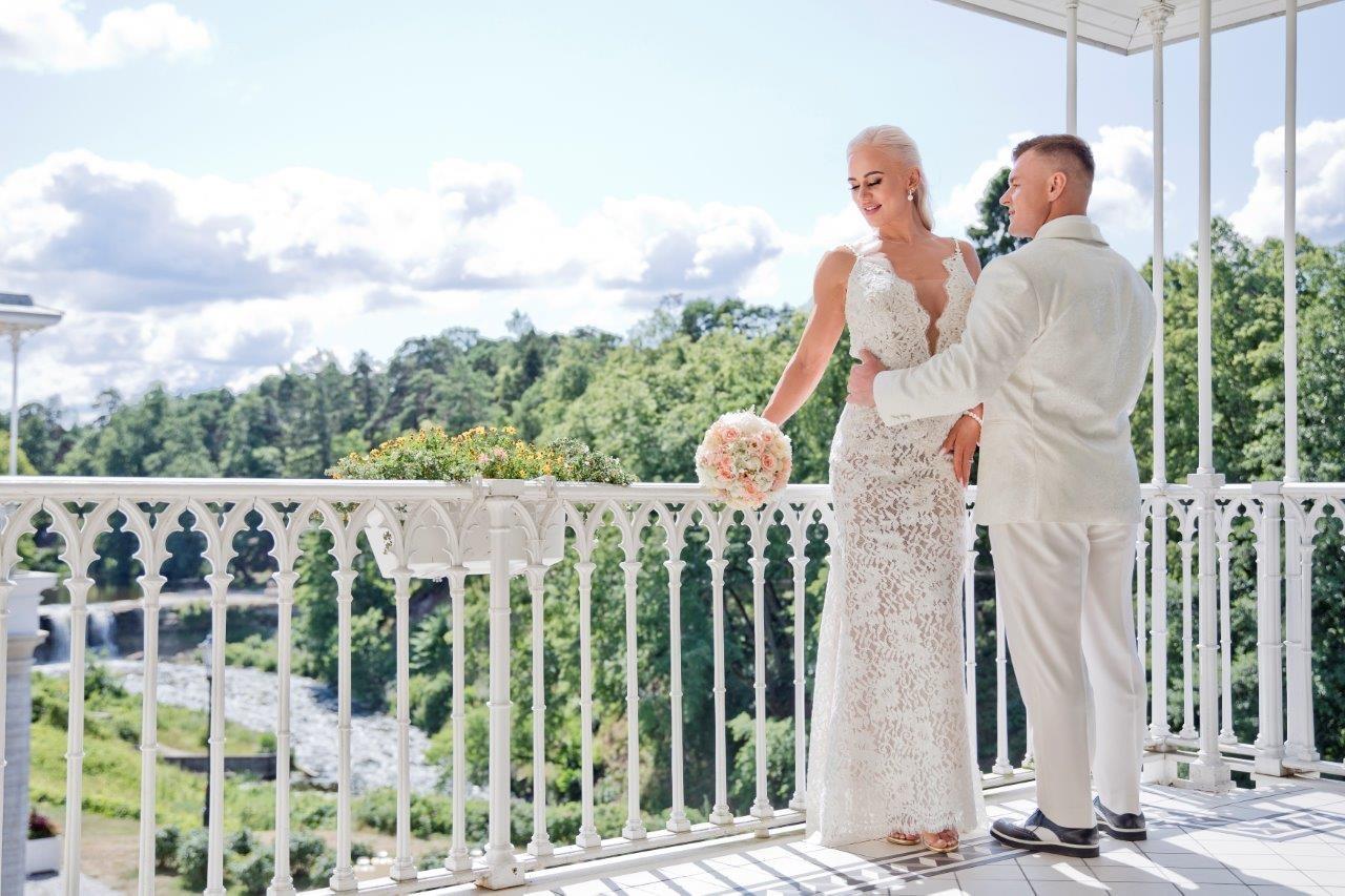 Buduaari unistuste pulmas astusid abiellu personaaltreenerid Kaisa Abner ja Raigo Kuusnõmm