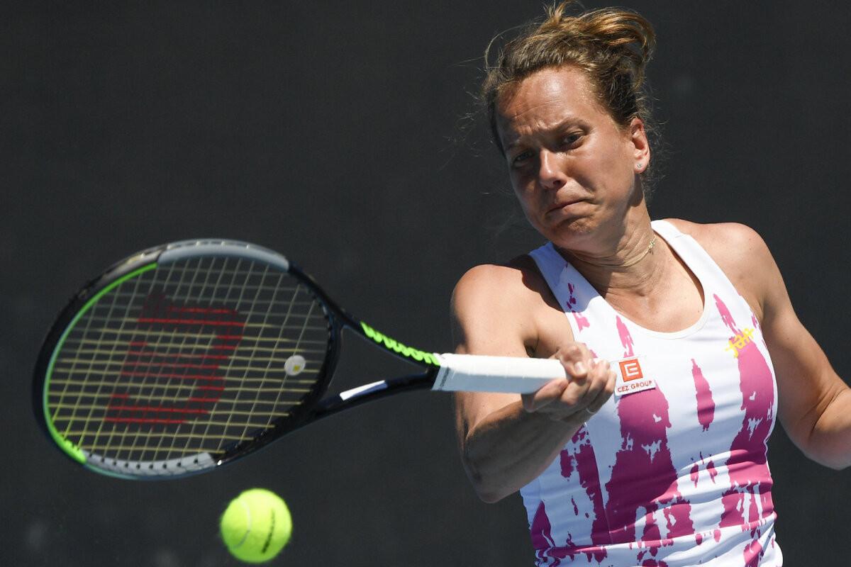 Endine Wimbledoni tšempion teeb tipptennisega lõpparve