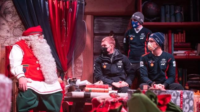 FOTOD | Tänak külastas Lapimaal jõuluvana ja kihutas kelgukoertega