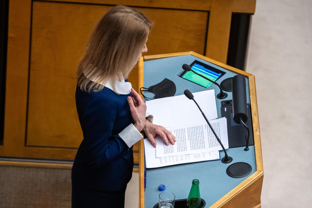 Peaminister tahab kriisiarutelud viia Riigikogu saalist vanematekogu tasandile