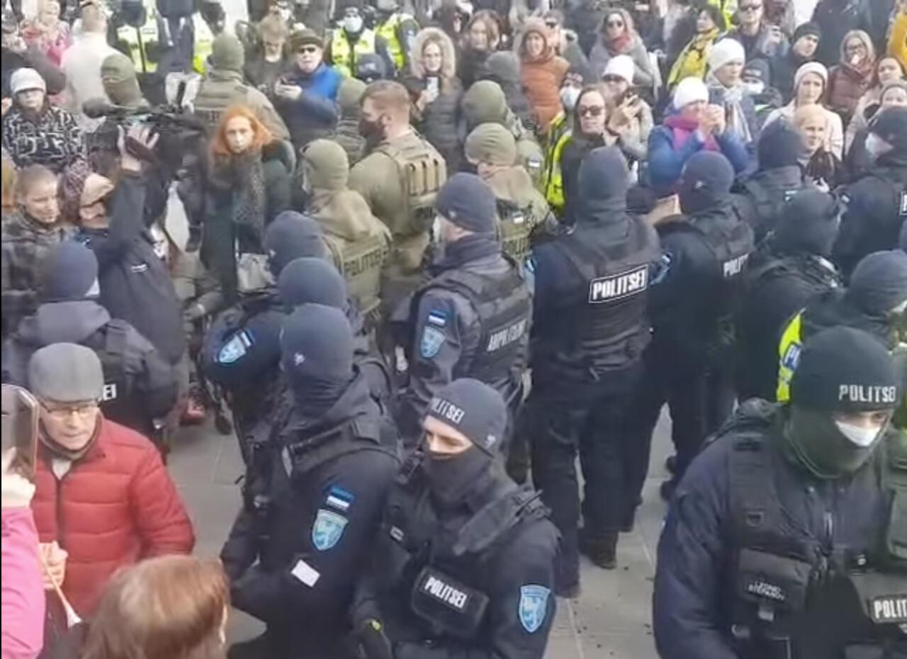 EKRE: Valitsus võlgneb rahvale selgituse, miks surutakse Eestis maha rahumeelseid meeleavaldusi