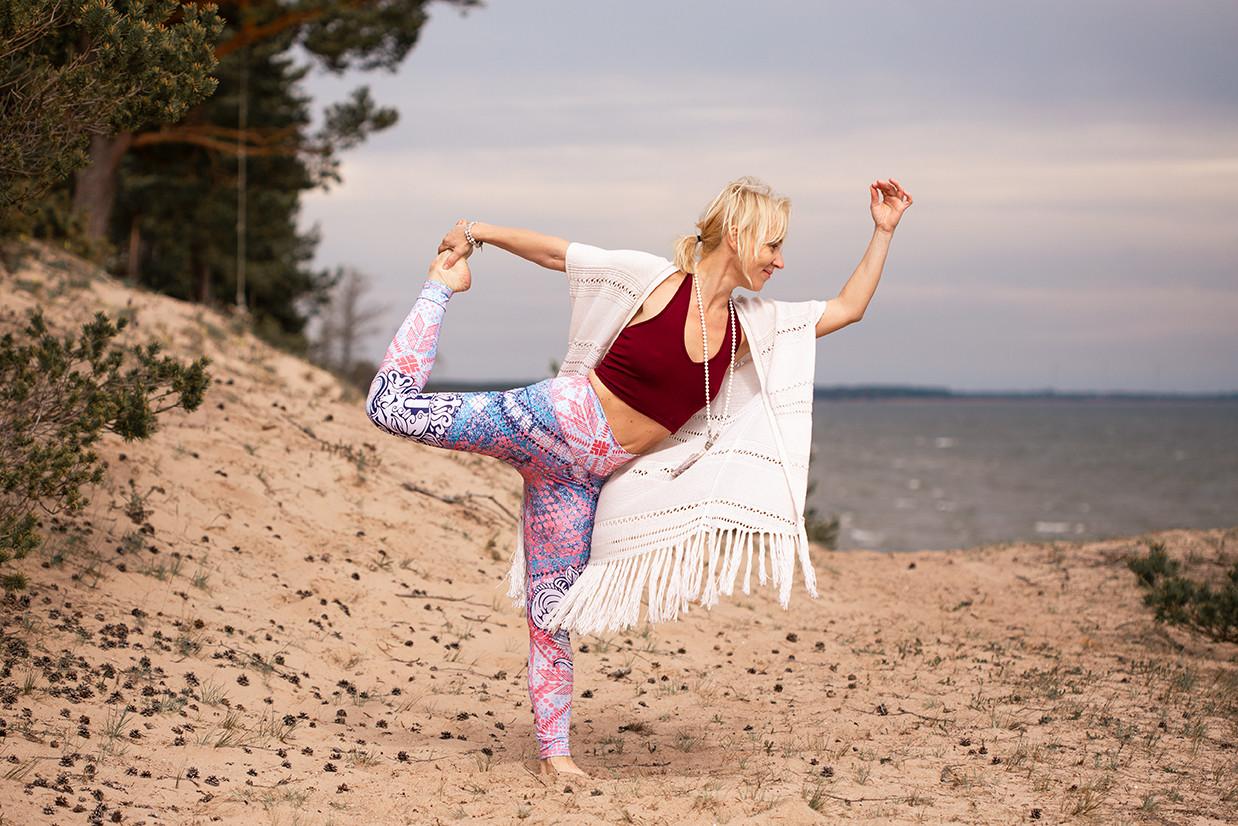 Joogaõpetaja Katrin Kivi ootab laupäeval Mõnusale Joogapäevale: jooga on uks sinu sisemaailma läbi keha