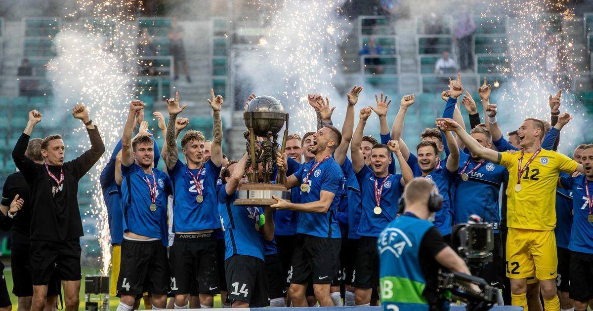 Eesti koondis tõstis siitkandimeeste kaitseliini toel kaheksa kümnendi järel võidukarika õhku