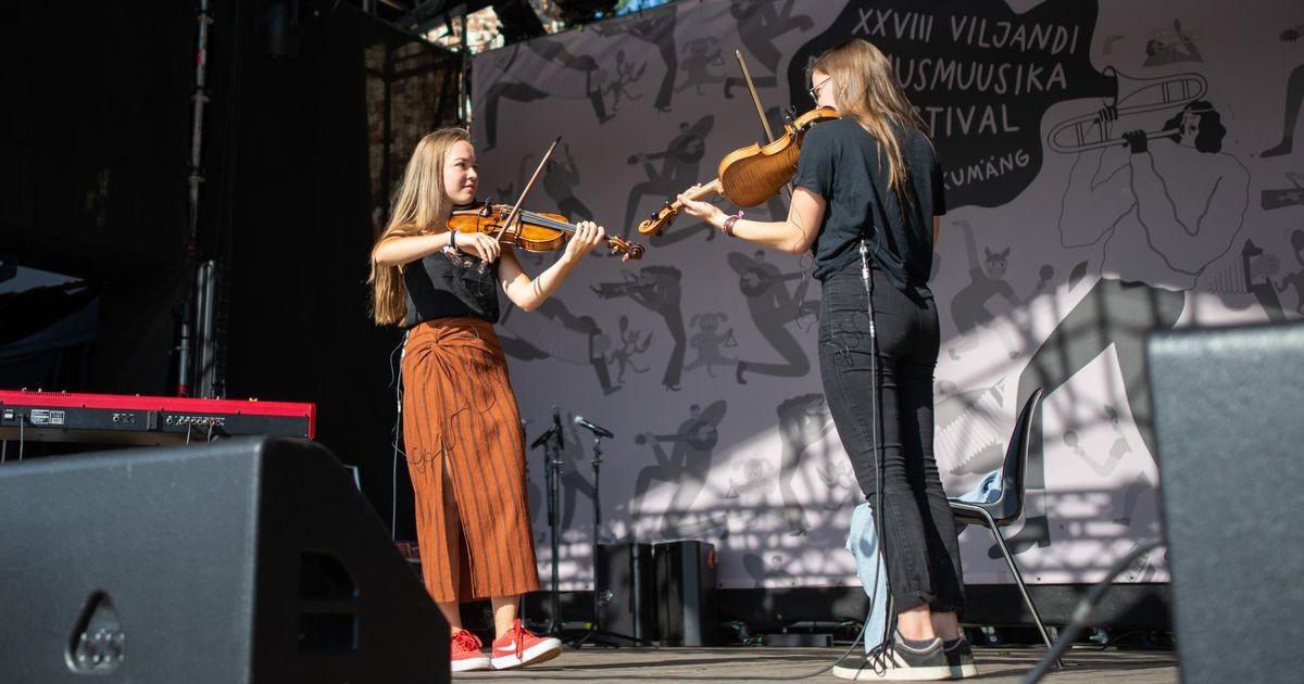 Noored viiuldajad kütavad folgil publiku üles