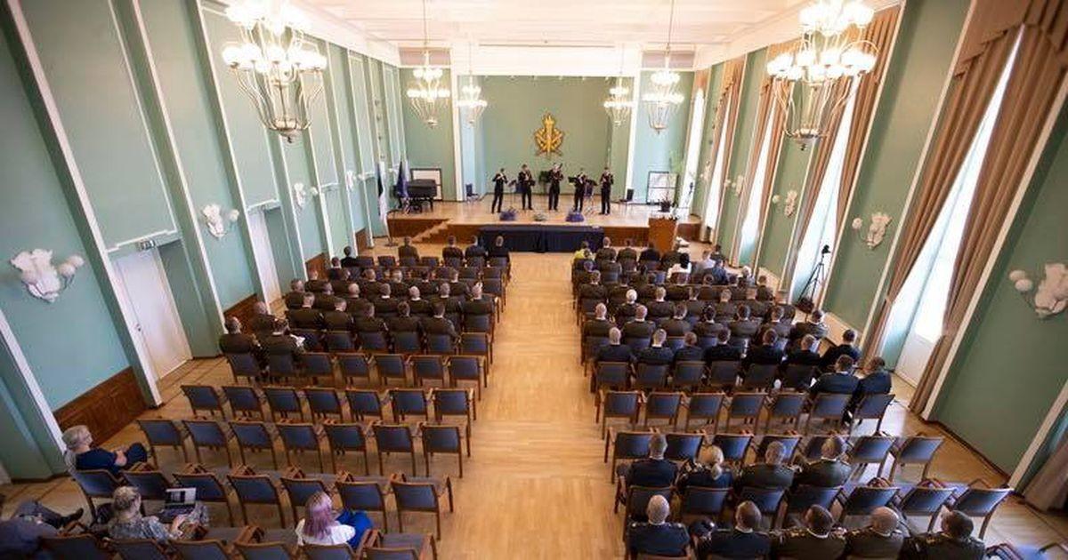 Presidendi kõne valmistas orkestrantidele tuska