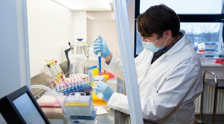 GRAAFIK | Koroonaga on haiglas 507 patsienti. Ööpäevaga leiti nakkus 583 inimeselt