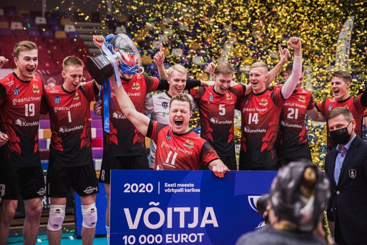 Eesti võrkpallikoondislane naases klubisse, kust ta kaks aastat tagasi erimeelsuste tõttu lahkus: kõik on lahendatud