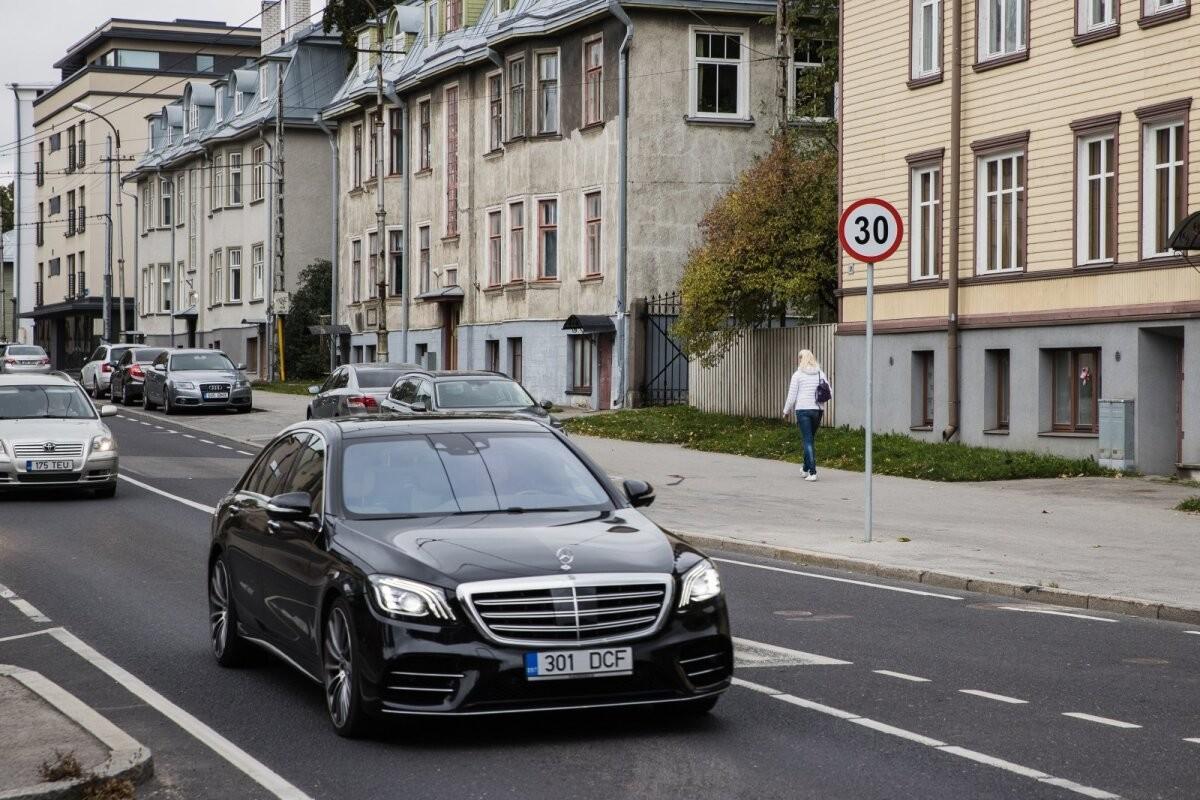 Autode hinnaralli jätkub: võidavad need, kellel on autosid müüa