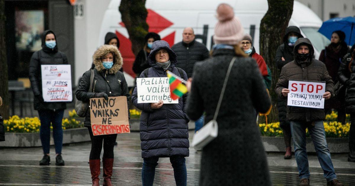 Tuhanded leedukad plaanivad vihamarssi valitsuse vastu