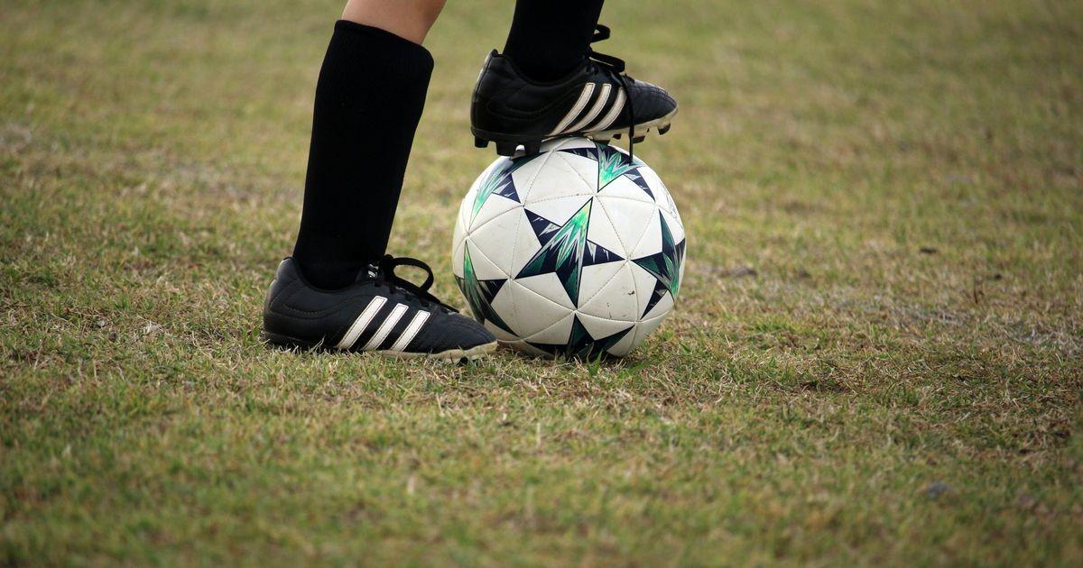 Linnameeskond paneb ka lapsevanemad pallimängus osalema
