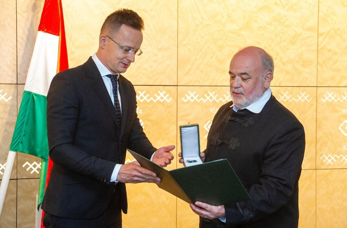 Gedeon Richter Eesti juht pälvis Ungari teenetemärgi
