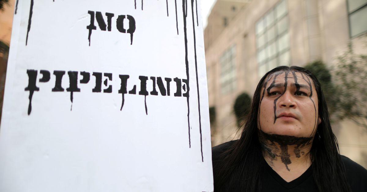 Keskkonnakaitsjate võit: vastuolulise nafta torujuhtme ehitus lõpetati
