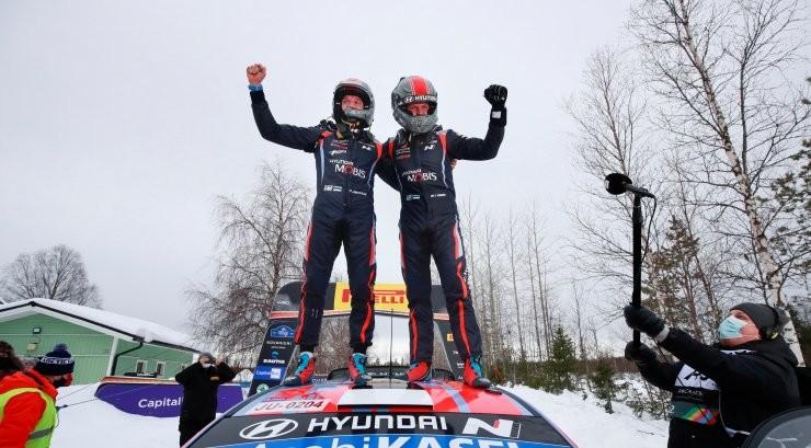 BLOGI JA FOTOD | Viimati Rally Estonial võidutsenud Ott Tänak võitis Arktika ralli, Ogier sai vaid ühe punkti