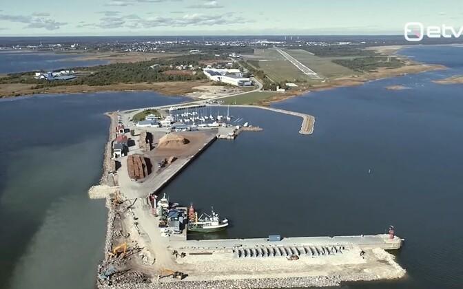 Kaubalaevadele väikeseks jäänud Roomassaare sadam laieneb