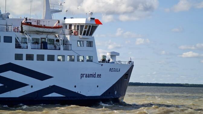 Neljapäeval ja reedel veavad Virtsu-Kuivastu vahel reisijaid Piret ja Regula