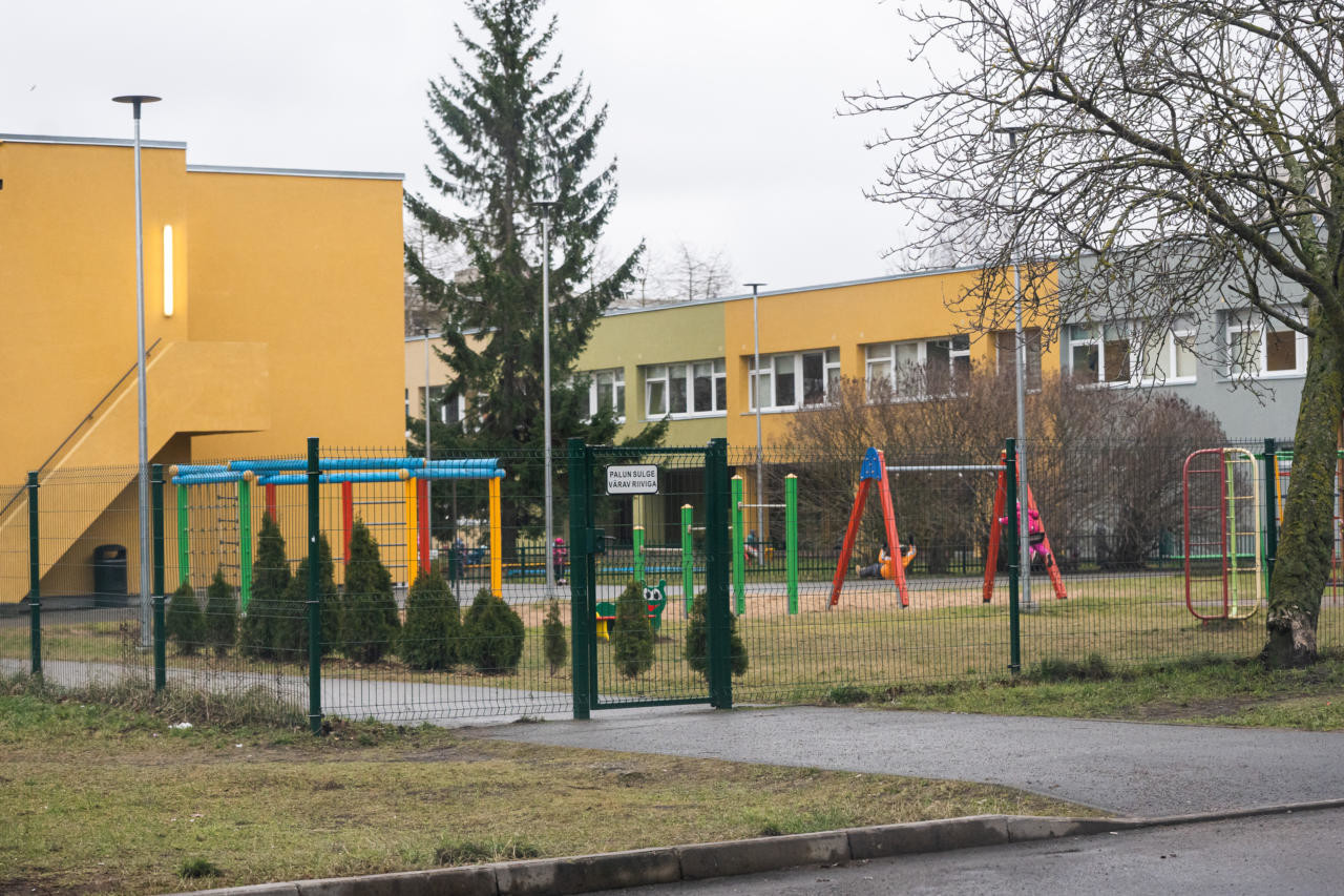 Eesti-vene ühiskoolid vaid süvendavad kogukondade eraldumist