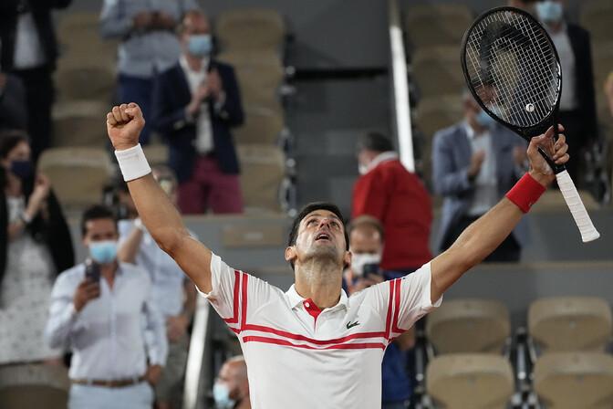 Djokovic peatas 14. tiitlit jahtinud Nadali