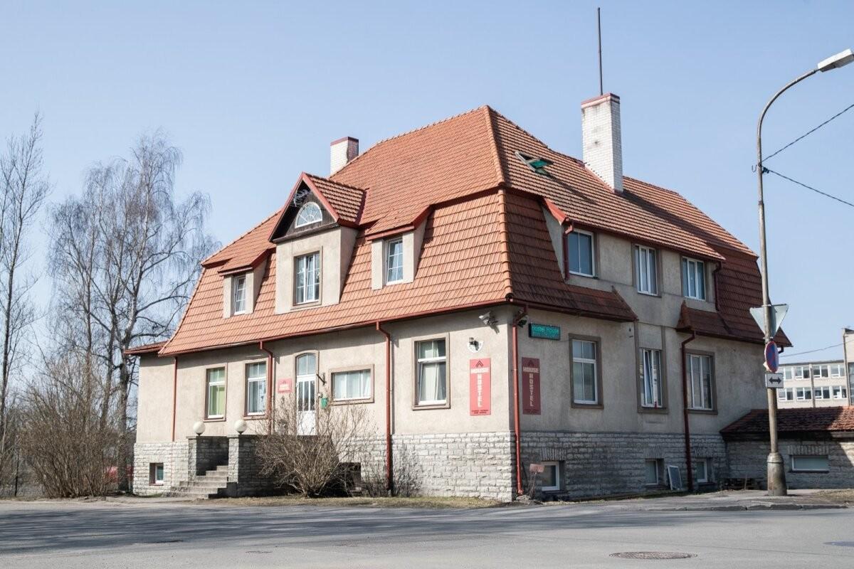 Tallinnas Masina tänava hostelis pussitati 21-aastast välismaalast, politsei otsib pussitajat