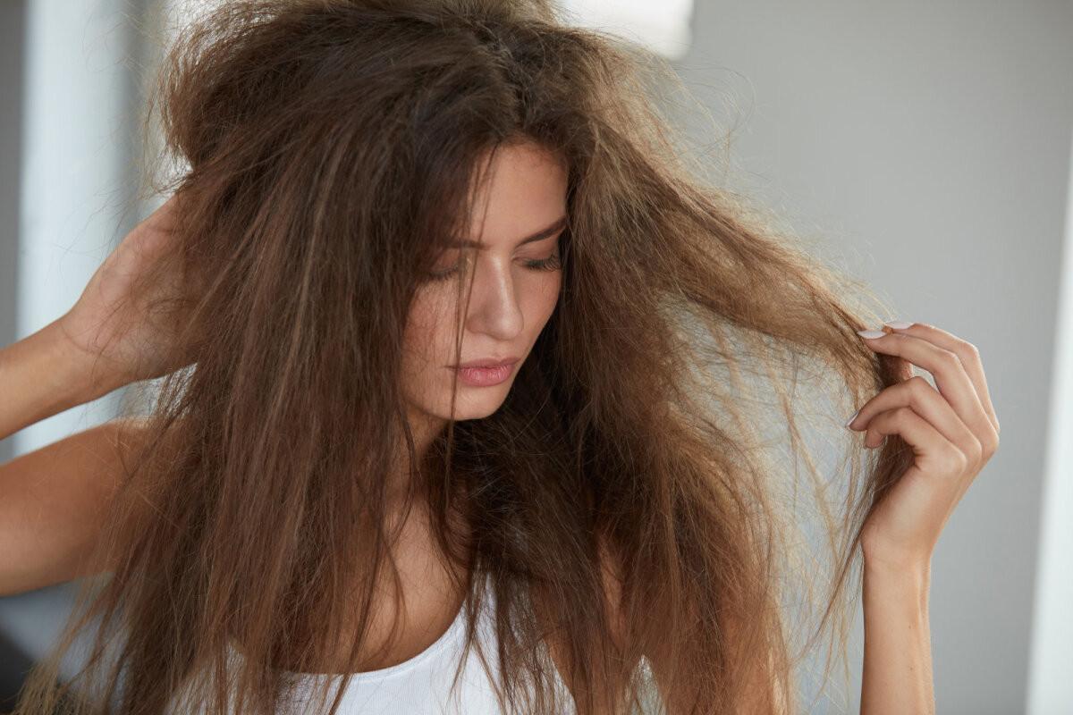 Et sa oma juukseid suvel täiesti ära ei rikuks, tuleb jälgida neid põhitõdesid