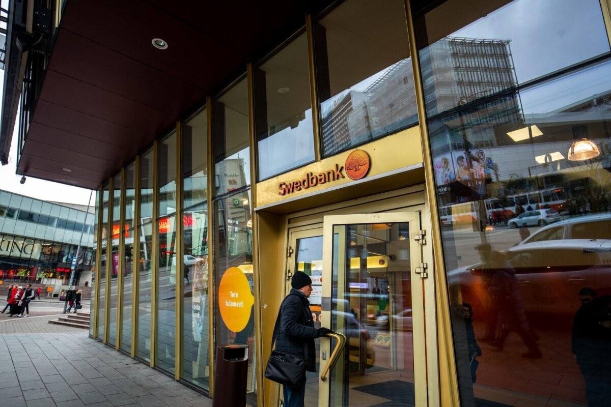 Ettevaatust! Liikvel on kelmid, kes teevad Swedbanki nimel petukõnesid ja riisuvad seeläbi vanuritelt tuhandeid eurosid