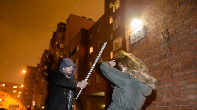 Nõmmel rünnati naist kurikaga, 16aastane nooruk võttis süü omaks