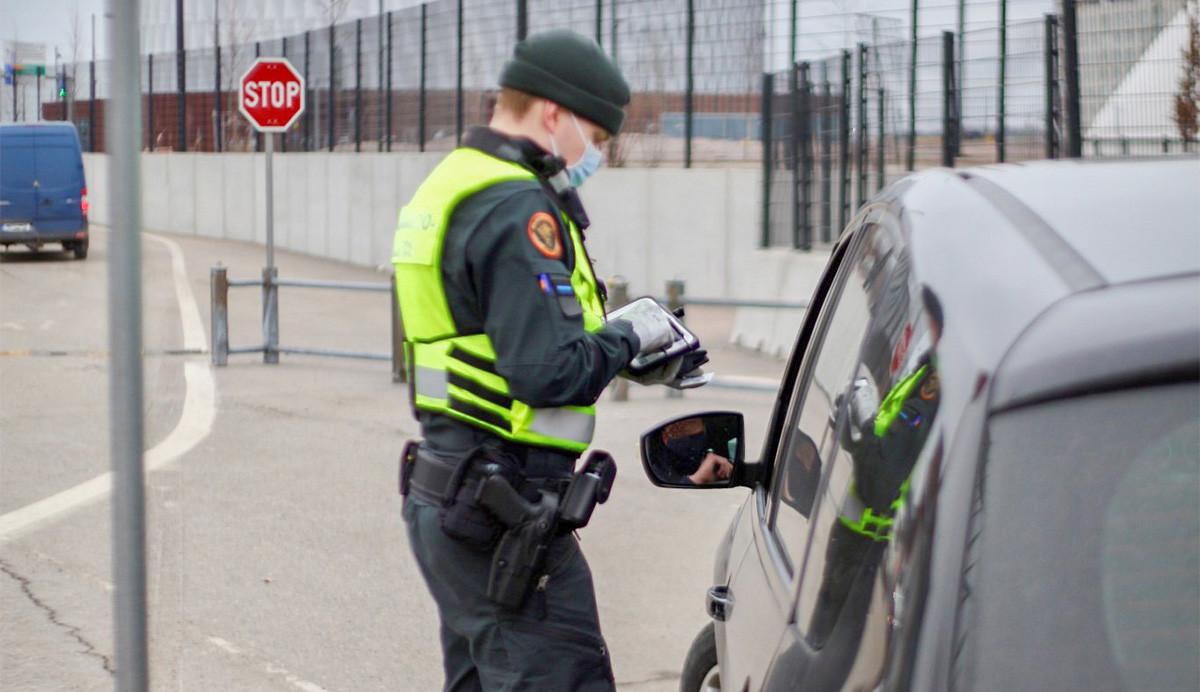 KUUM: Soome tahab karmistada suveks piirikontrolli