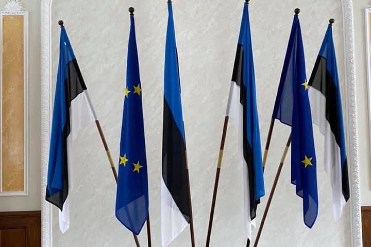 FOTO | Euroopa Liidu lipud on tagasi riigikogu Valges saalis