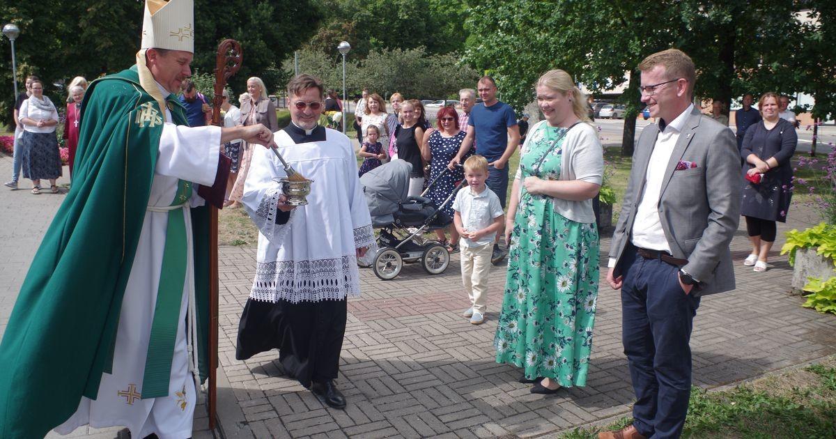Peapiiskop Viilma õnnistas Põlvas sisse kristliku lasteaia