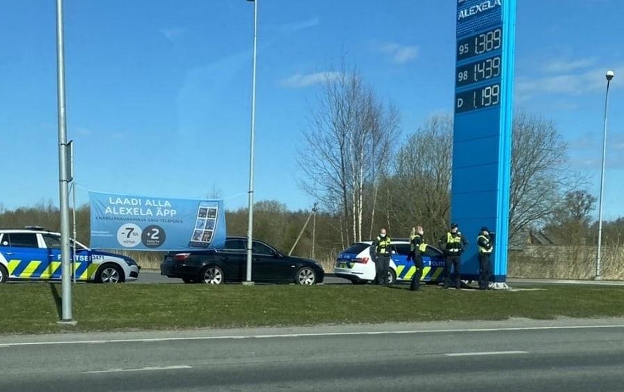 FOTO: Vaata, kuidas ja kus 4 politseiniku kiirust mõõdavad.
