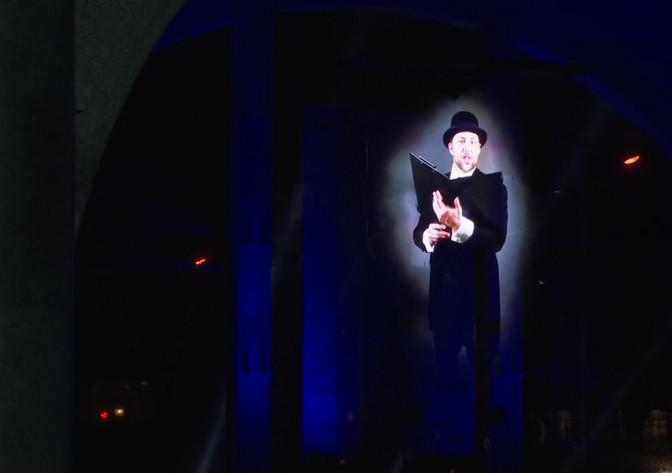 Iseseisvusmanifesti lugeja ilmus Pärnus rahva ette hologrammina