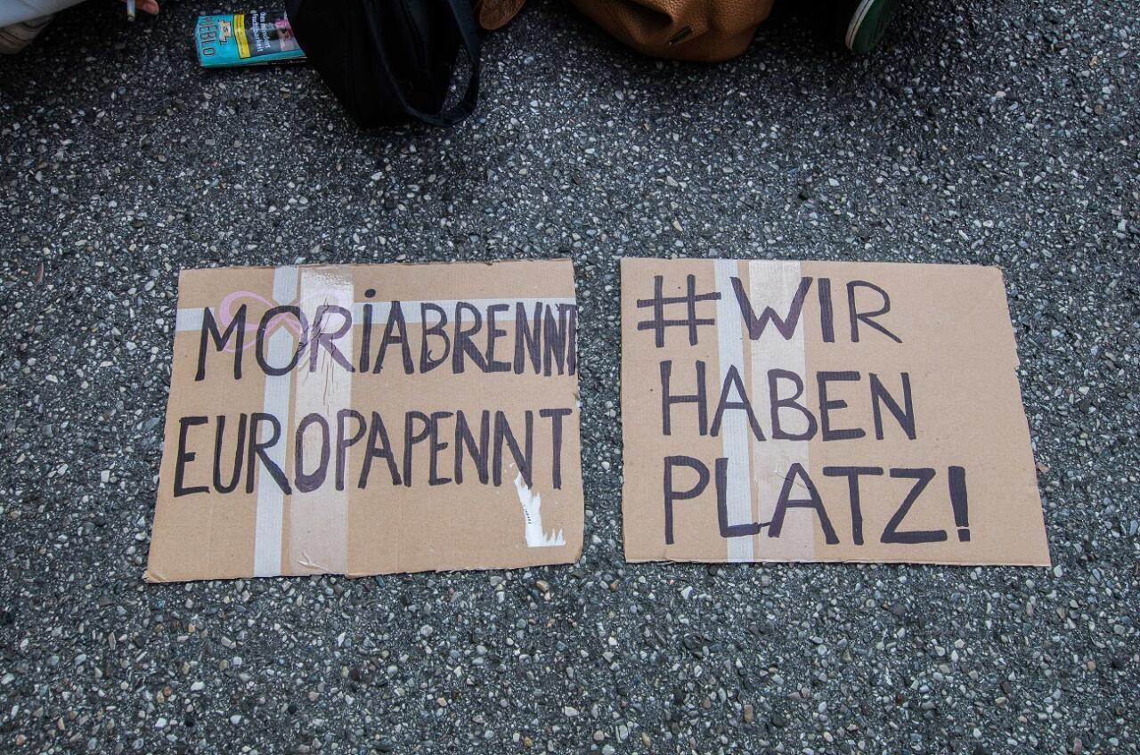 Berliin hakkab sisserändajatele võimu üle andma