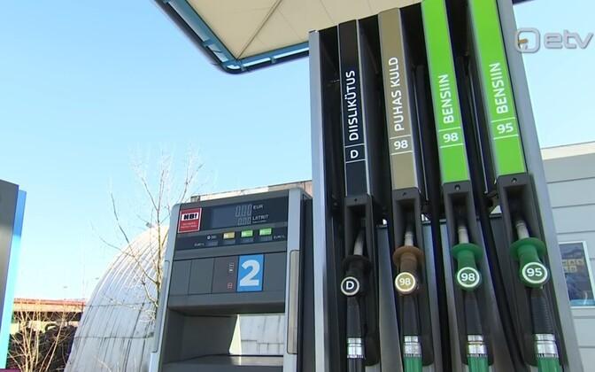 Kütusemüüjad käisid taas välja suvise mootoribensiini müügiaja lühendamise