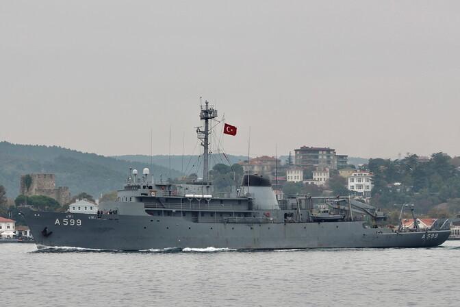 Türgi süüdistab Kreeka hävitajaid Vahemerel oma uurimislaeva ahistamises