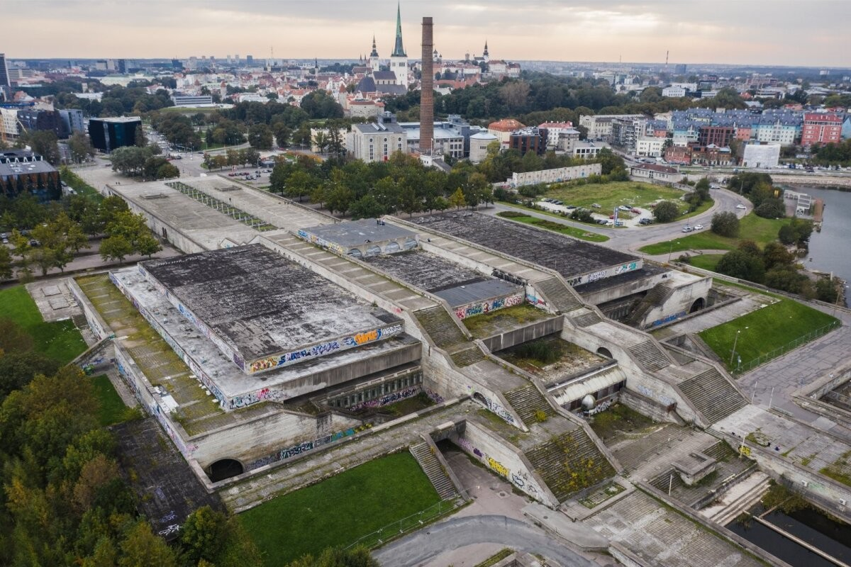 Uus lehekülg keeratud. Tallinna linn sai kaua oodatud riigiabi loa Linnahalli osas. Tallinki juht nendib, et nemad ei pruugi paadis olla