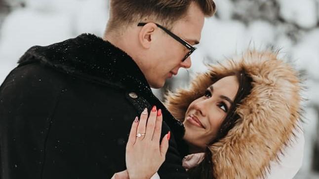 Ron Nõmmega kihlunud Merylin Nau: meie omavaheline suhe on väga lojaalne ja puhas ning ta ei petaks mind