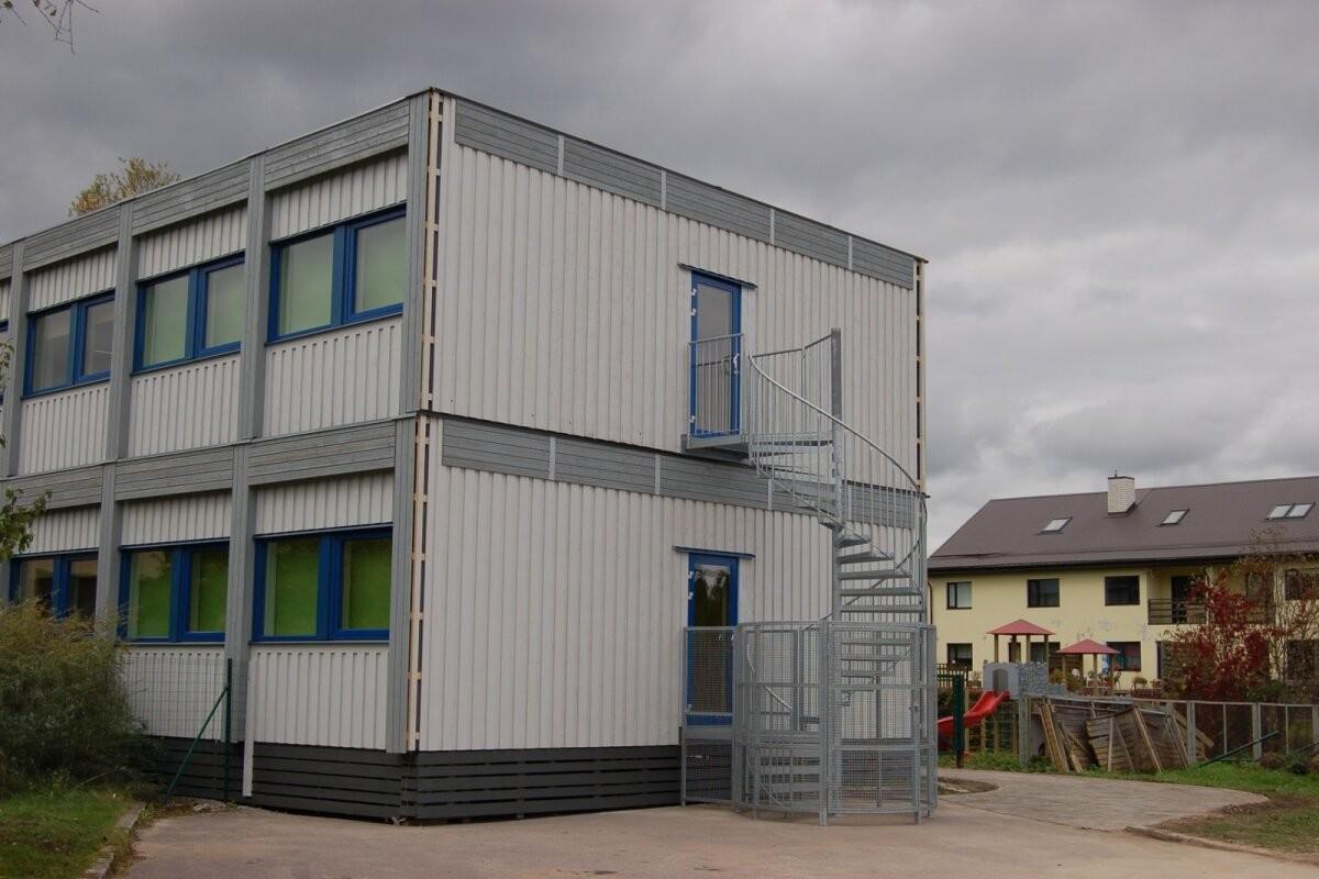 Harku vald paigutab osad lasteaialapsed ajutistesse konteinerlasteaedadesse, mis renditakse eksvallavanemaga seotud ettevõttelt