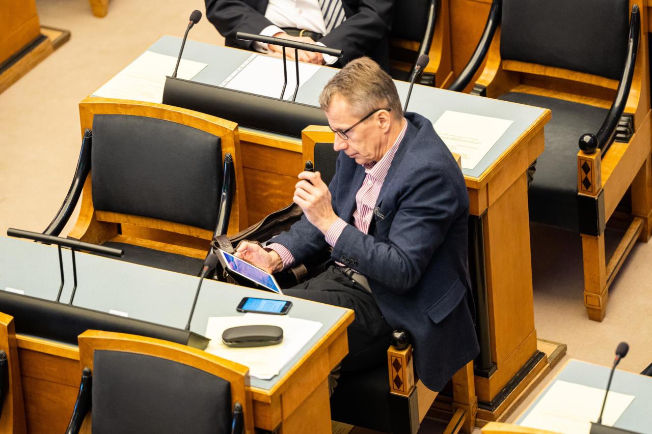 Kümne aasta eest teatasid Ligi ja Ansip, etKreeka toetamine on Eestile kasulik investeering – kus see raha on?