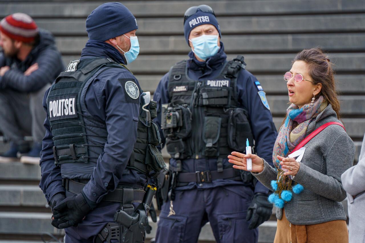 EKRE taotleb erikomisjoni moodustamist meeleavaldajate vastu korraldatud politseioperatsiooni uurimiseks