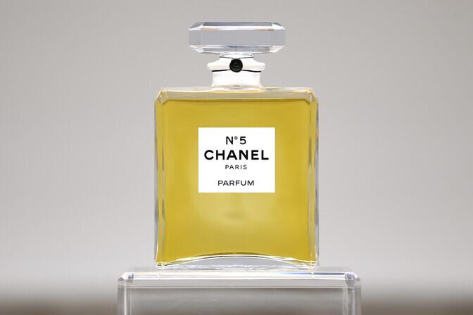 Legendaarne parfüüm Chanel no. 5 tähistab 100. sünnipäeva