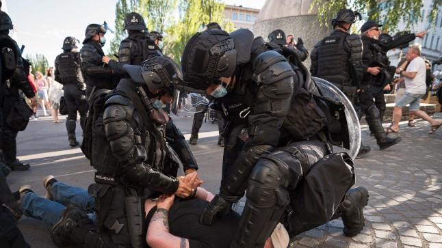 Ljubljanas läks politsei ja meeleavaldajate vahel rüsinaks
