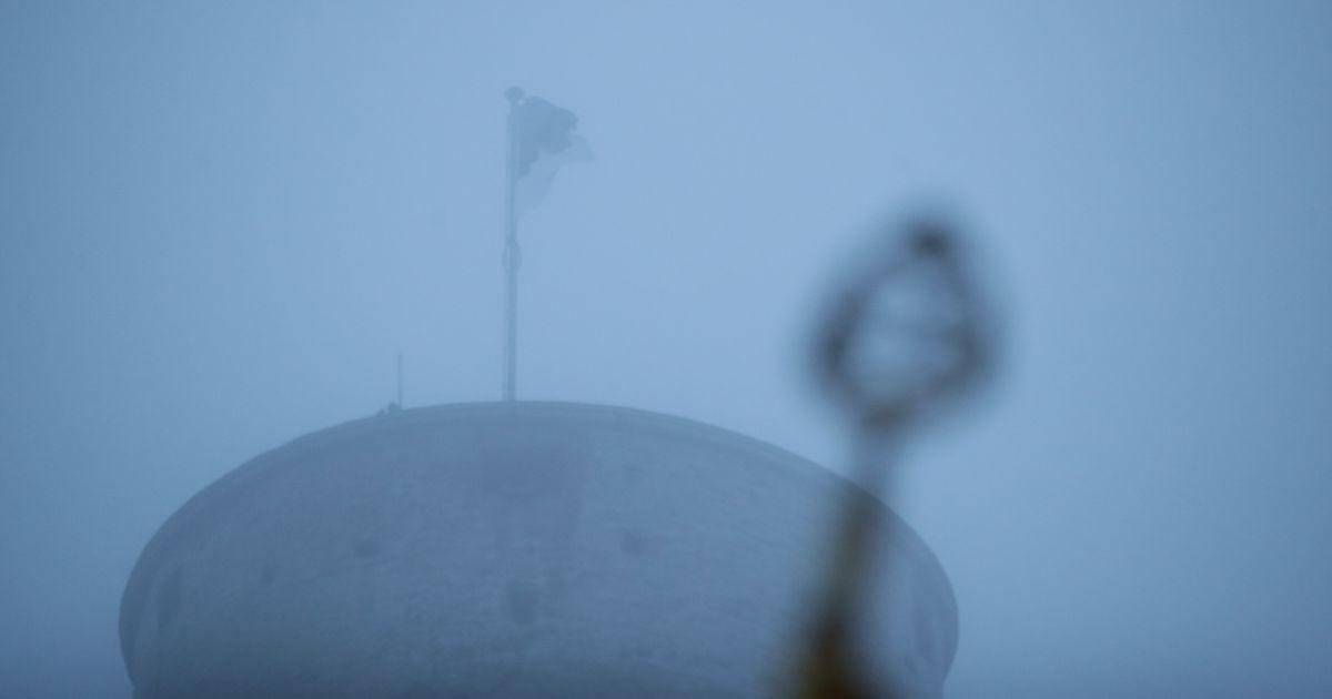 Palju õnne, Eesti! Vabariigi aastapäev algas piduliku lipuheiskamisega