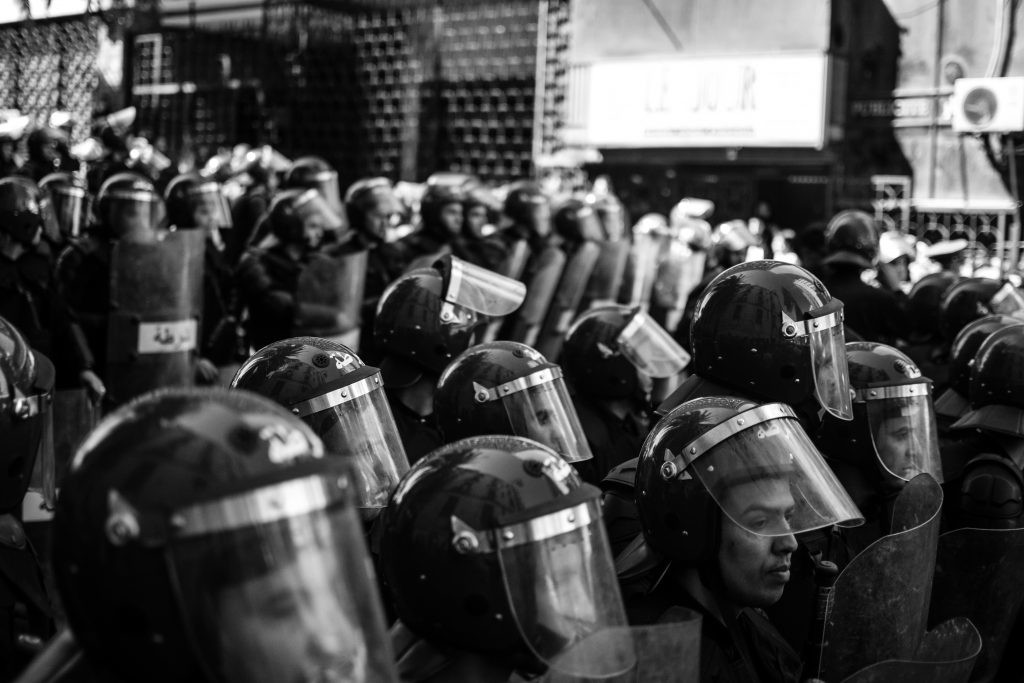 Ontario politseinikud: Koroonapiirangute jõustamine on vastuolus politseiniku ametivandega