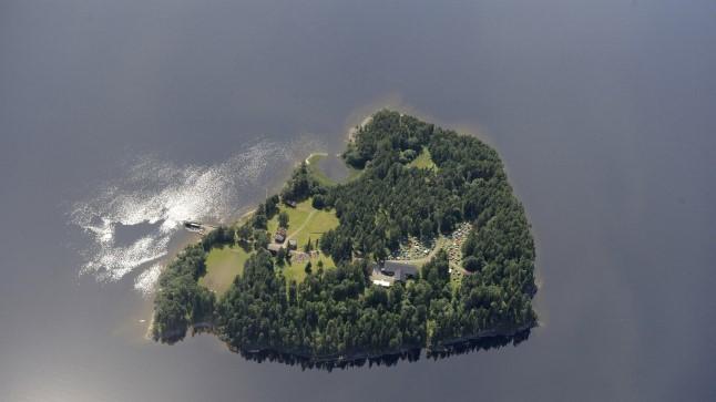 10 AASTAT HILJEM: PaljudUtøyal ellu jäänud ei usu, et äärmusluse juured on päriselt välja kisutud